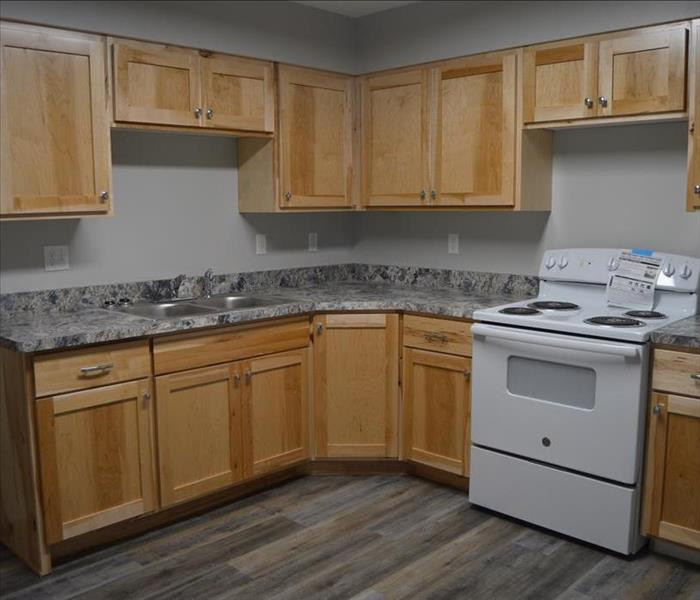 Brand new and updated kitchen, all new from floor to ceiling.
